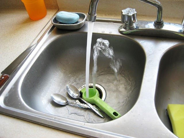 How Does a Kitchen Faucet Works