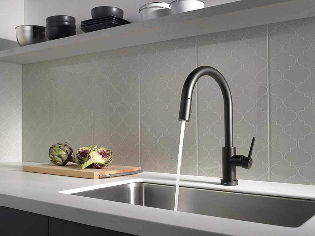 How to clean your kitchen faucet