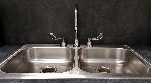 How to fix delta kitchen faucet